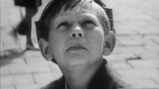 """Каждый человек - песня из к/ф """"Чудак из пятого """"Б"""" (1972)"""
