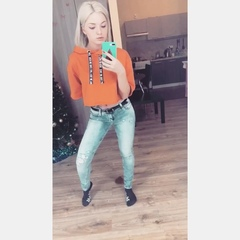 "Малышева Анастасия on Instagram: ""Упс 🙊 бедняги 😂😂😂 #dancemalyshka #хейтеры #упали #funny #top #girl #smile"""