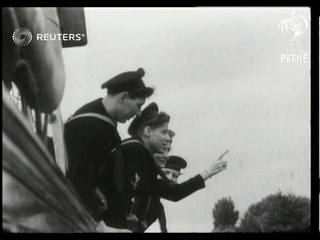 US sailors celebrate Independence Day in Britain (1943)