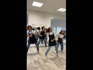 """วิดีโอโดย """"МАЙ"""" фитнес-студия для взрослых и детей"""