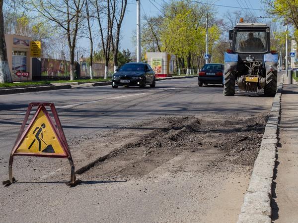 На содержание дорог в Азове выделено более 9 милли...