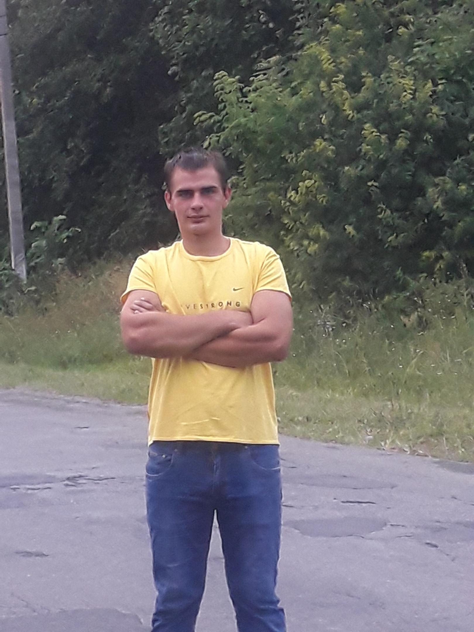 Иван, 22, Klimovo