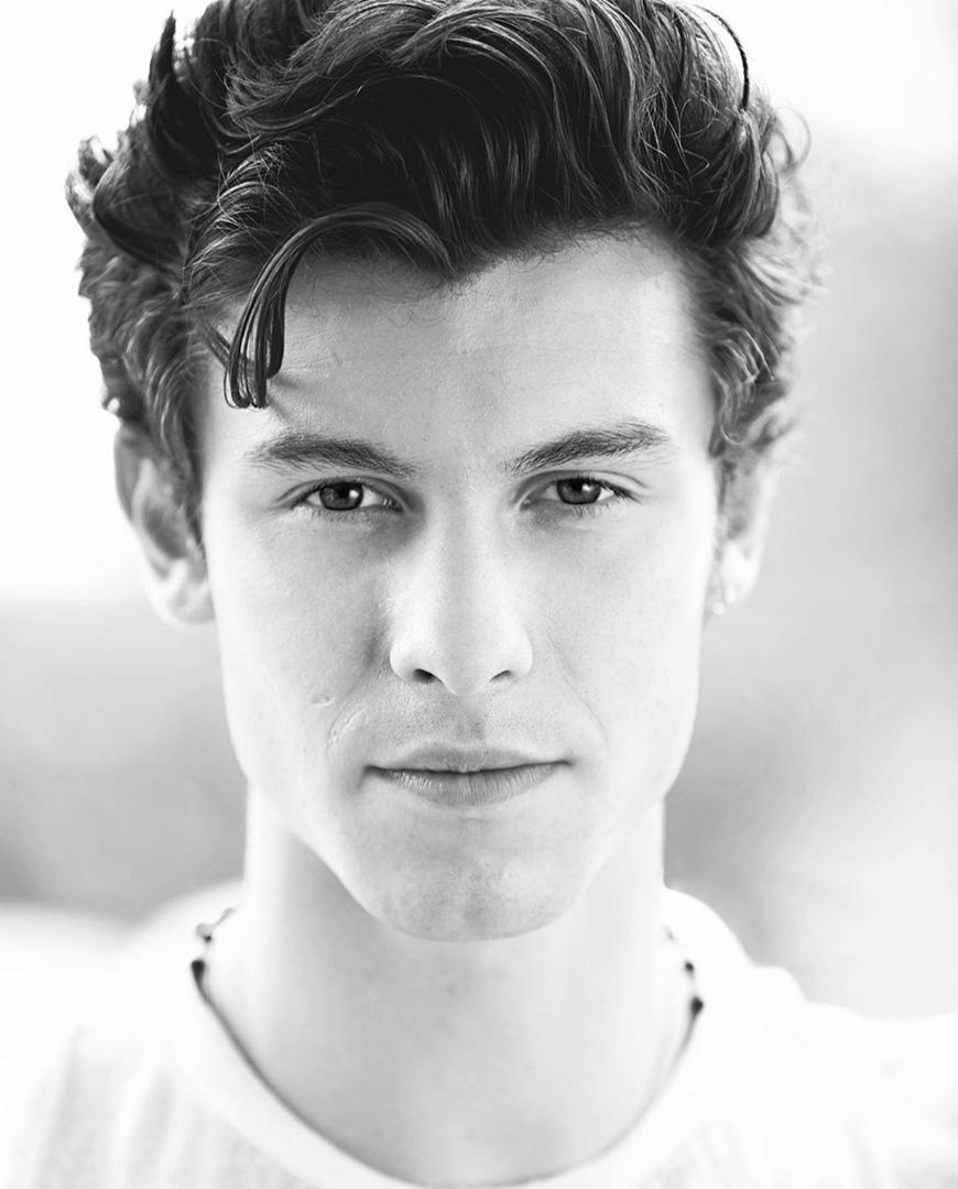 фото из альбома Shawn Mendes №12