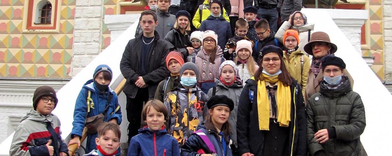 Костромские скауты посетили Свято-Троицкий Ипатьевский монастырь и храм ап.ев. Иоанна Богослова г. Костромы