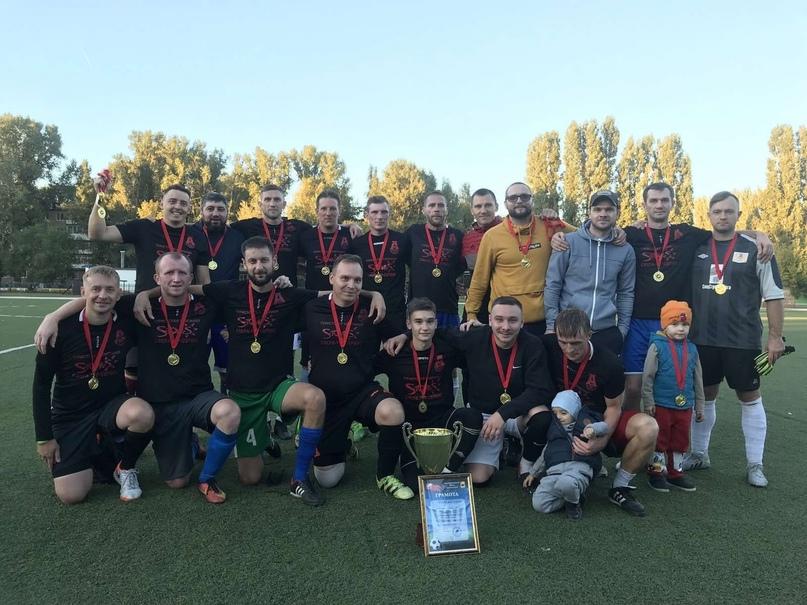 Команда «Авиатор» стала победителем «Лиги Энгельс» по футболу