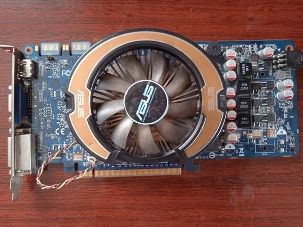 Продам GeForce 9800M GT на 512 Mb, в рабочем состо...