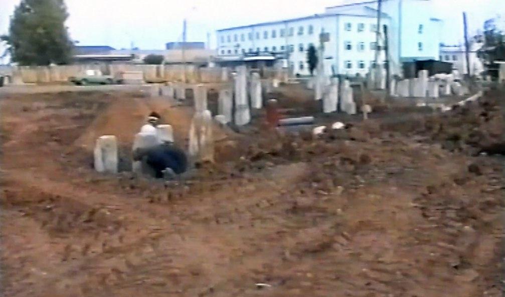 #МожгаНеСегодняCтроительство бизнес-центра «Можга», сентябрь 2003 года