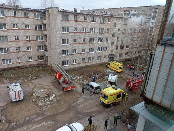 На пожаре в Березниках спасли восемь человек  Как ...