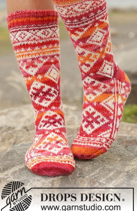 Жаккардовые носки «Мексиканский закат» — от дизайнеров Drops