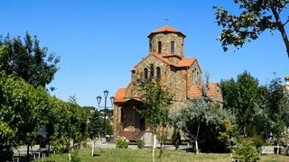 Храмовый комплекс в Ессентуках летом