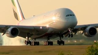 Летающий Дом! Airbus A380 - САМОЛЕТ ГИГАНТ В АЭРОПОРТУ ДОМОДЕДОВО 2021